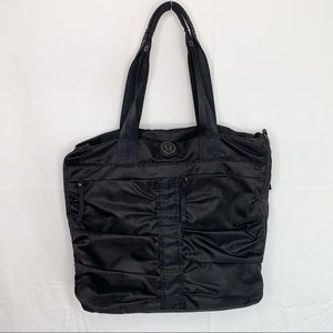 Lululemon Athletica / Fast in Flight / Nylon Bag